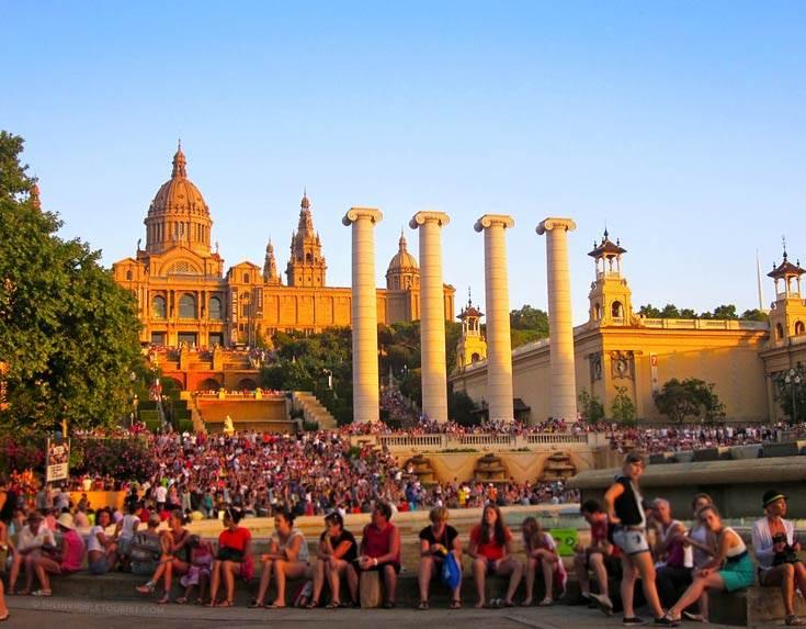 10 solutions pour voyager et éviter de contribuer aux problèmes de sur-tourisme