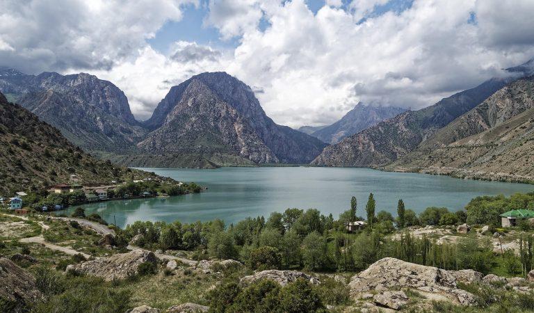 Comment explorer le Tadjikistan avec un petit budget en 2021