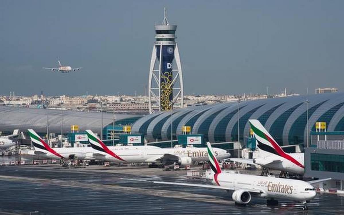 1000 touristes russes bloqués aux EAU après que les vols d'évacuation se soient vu refuser l'entrée