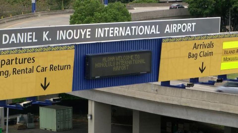 Les arrivées de visiteurs par avion à Hawaï continuent de baisser