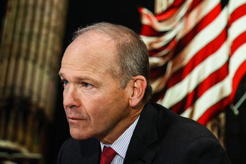 Le PDG de Boeing et le président du conseil d'administration renonceront à tous les salaires pour aider l'entreprise à surmonter la crise du COVID-19