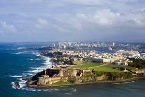 Porto Rico exhorte les touristes de l'île à se conformer au verrouillage