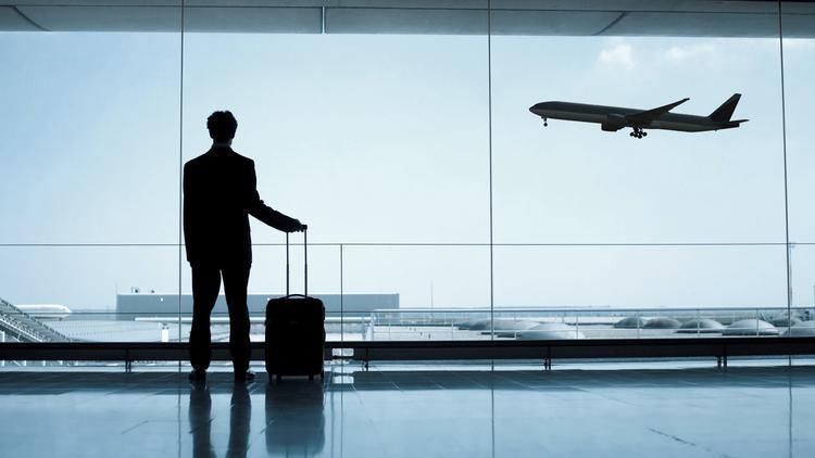 Des groupes de voyageurs demandent au DOT américain de prolonger la réglementation sur les pratiques trompeuses des compagnies aériennes