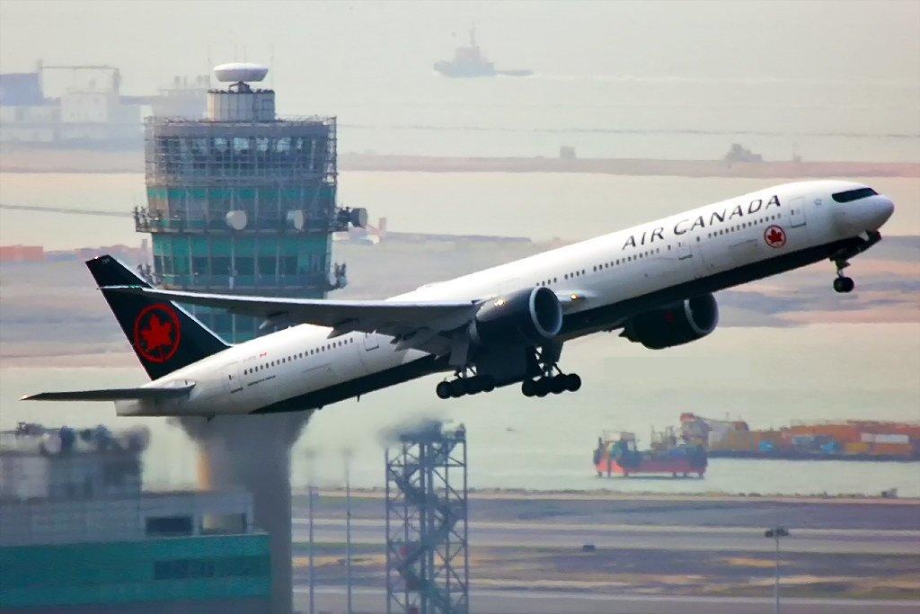Air Canada modifie ses avions 777-300ER pour transporter du fret en cabine passagers