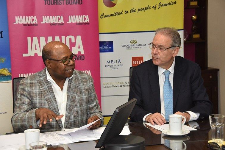 La Fondation espagnole de la Jamaïque fait un don de 200 000 $ US pour COVID-19