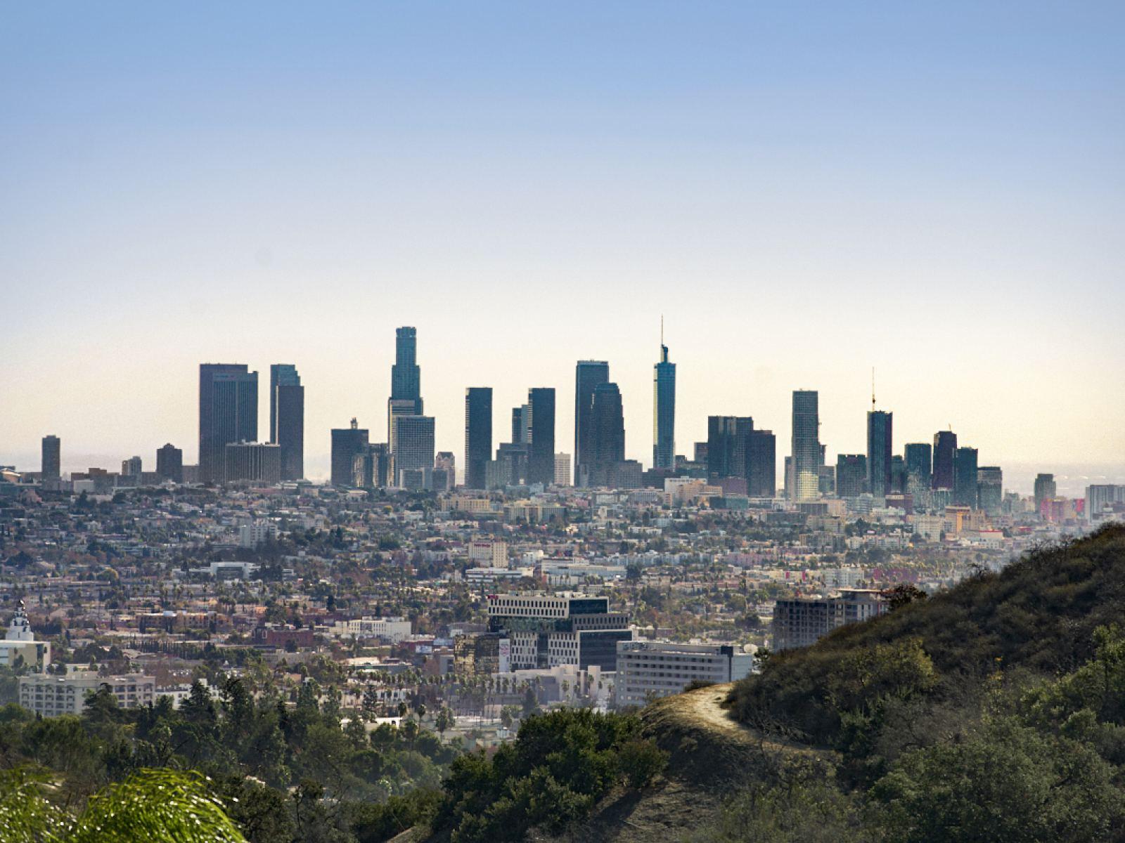 Les hôtels de Los Angeles proposent 30 000 chambres pour répondre à LA COVID-19