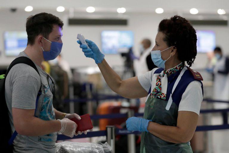 Les compagnies aériennes américaines s'engagent à rembourser les passagers refusés à l'embarquement par des contrôles de température à l'aéroport