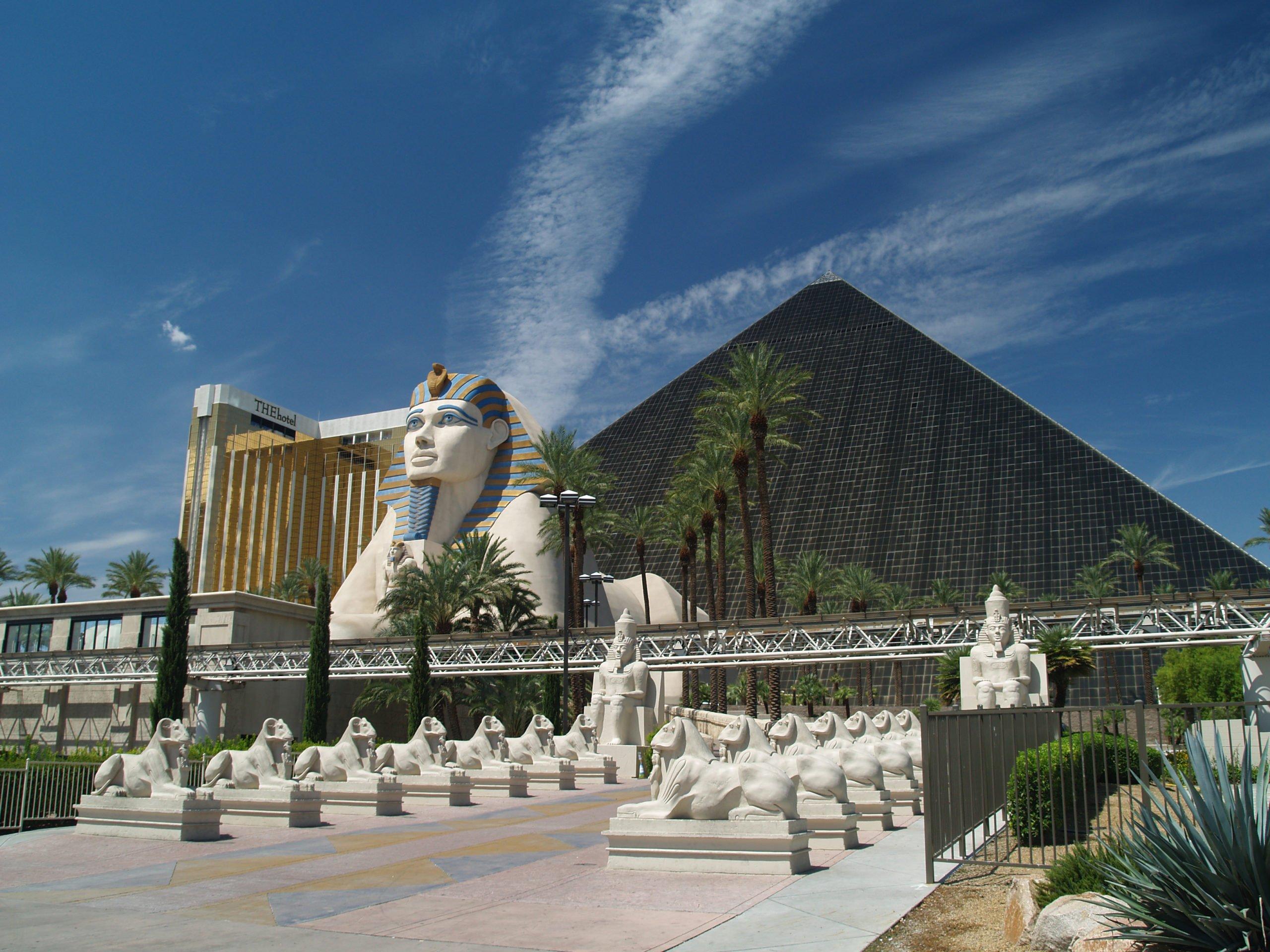 MGM Resorts annonce la réouverture de Louxor, Mandalay Bay et ARIA