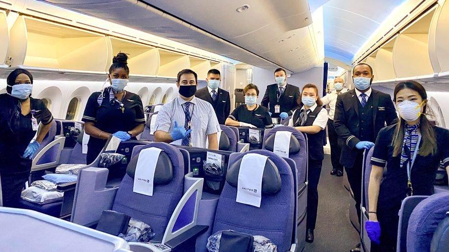 United Airlines demande à tous les passagers de passer une auto-évaluation de leur santé