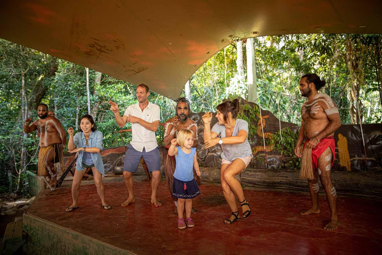 danse aborigènes choses à faire à port douglas
