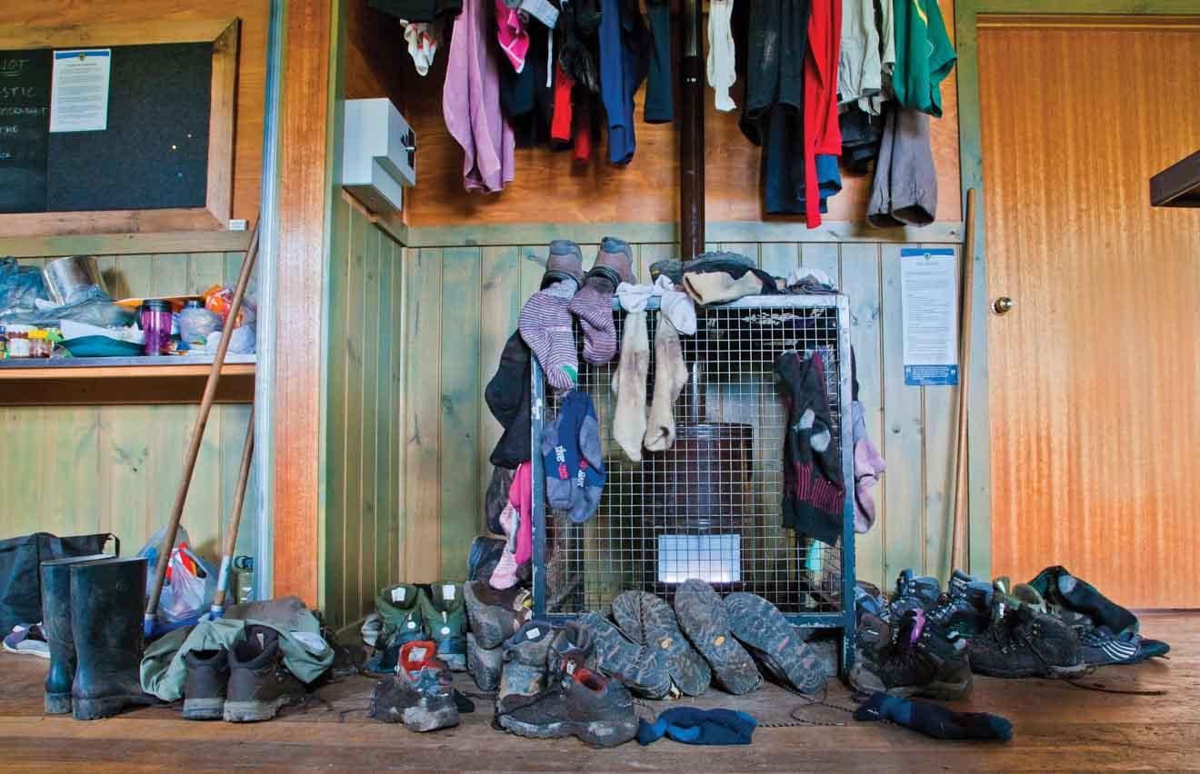 Vêtements dans Pelion Hut sur la piste Overland