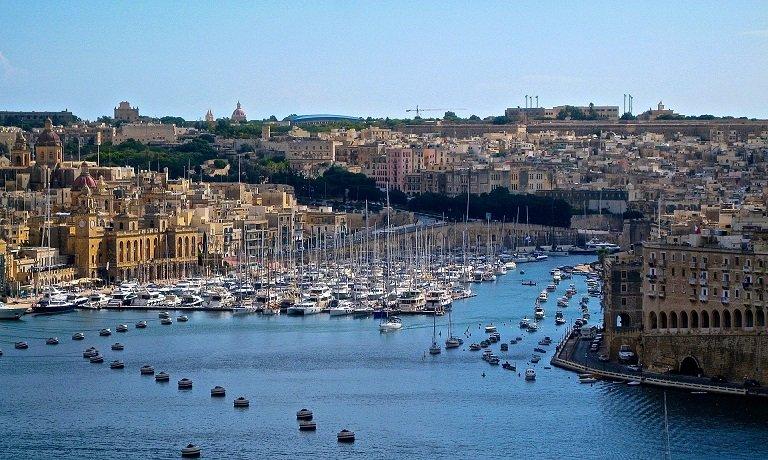 Un aperçu du visa d'or de Malte