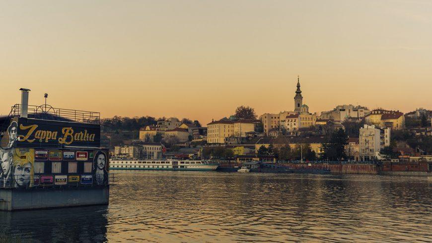Rivière de la ville de Belgrade
