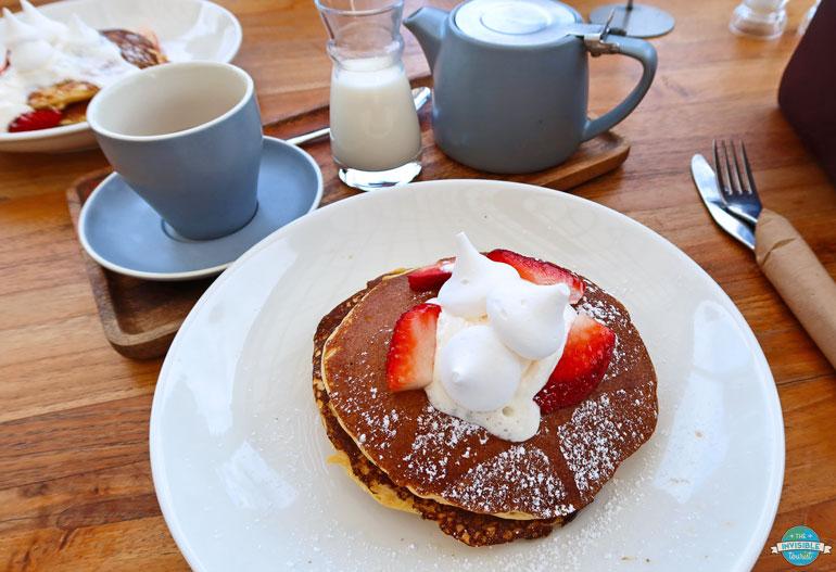 petit-déjeuner à Camden Valley Inn après le vol de Sydney en montgolfière
