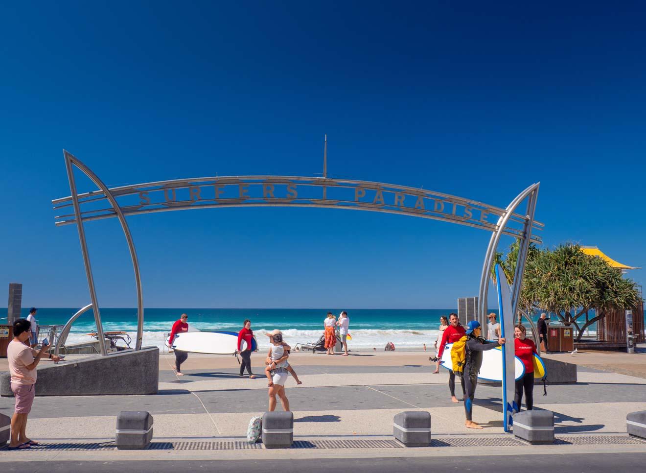 paradis des surfeurs Choses à faire sur la Gold Coast à petit budget