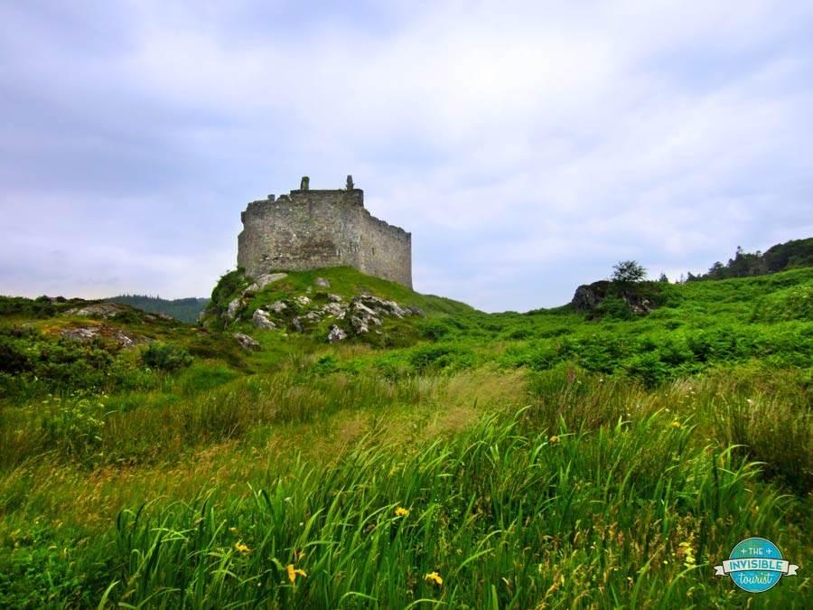 Castle Tioram: les secrets révélés par un ancêtre du clan Highlander | Le touriste invisible