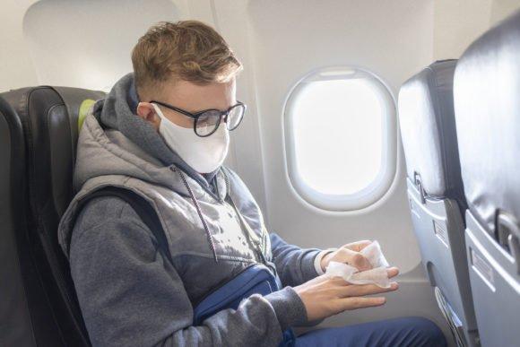 Les passagers aériens risquent des sanctions pour avoir refusé de porter un masque facial