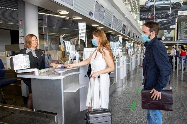 Coup d'envoi des vacances d'automne à l'aéroport de Francfort
