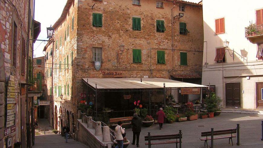 Campiglia Marittima, village de Toscane