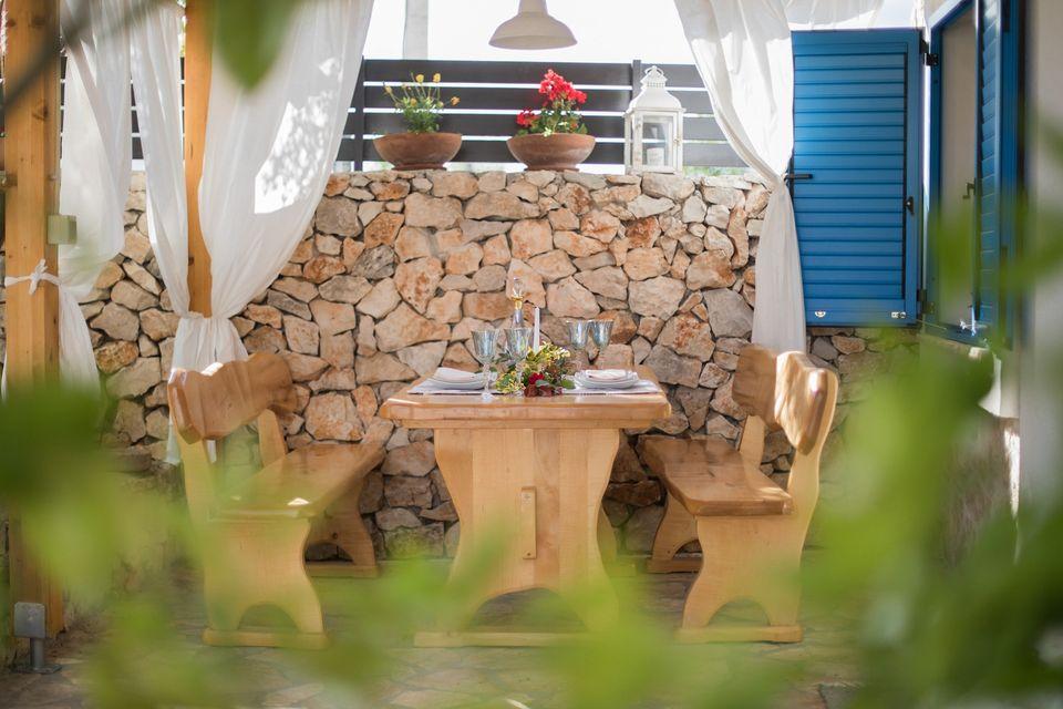Kalpić B&B près du parc national de Krka: table à manger