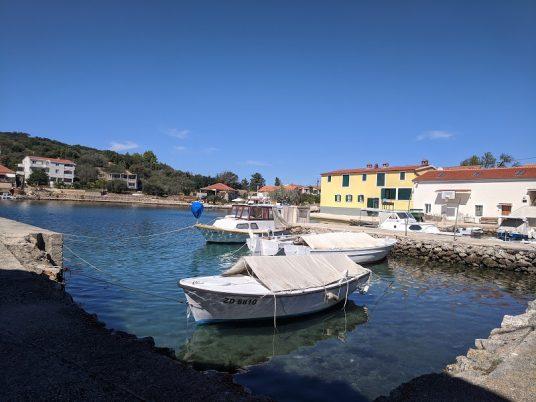 Port de l'île de Rava