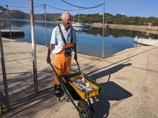 Pêcheur de l'île Rava