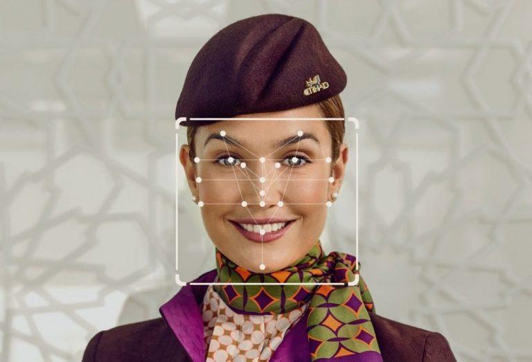 Etihad Airways introduit l'enregistrement biométrique facial pour le personnel de cabine