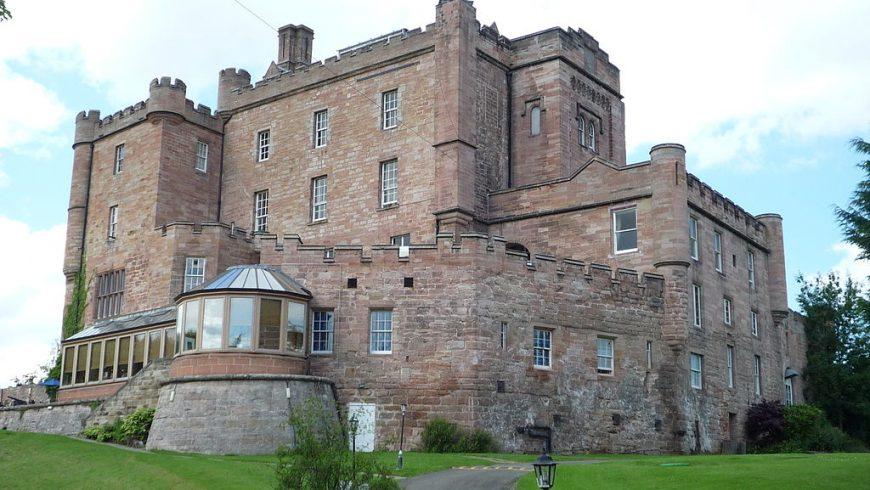 Le château de Dalhousie, l'un des plus beaux châteaux hantés du Royaume-Uni