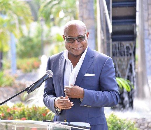 Le ministre jamaïcain annonce un atelier majeur sur les normes des spas