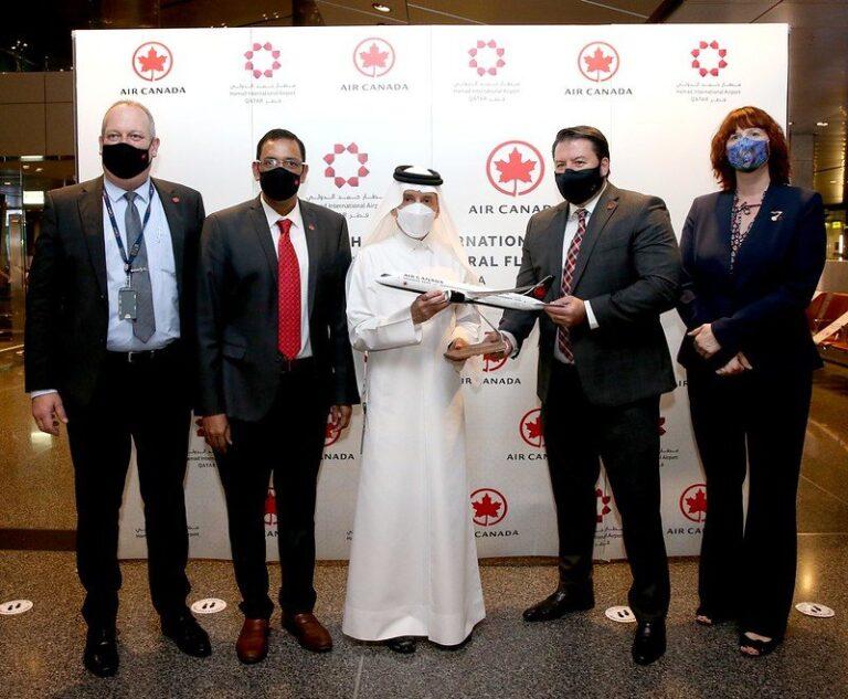 Premier vol d'Air Canada de Toronto à Doha atterrit à l'aéroport international Hamad