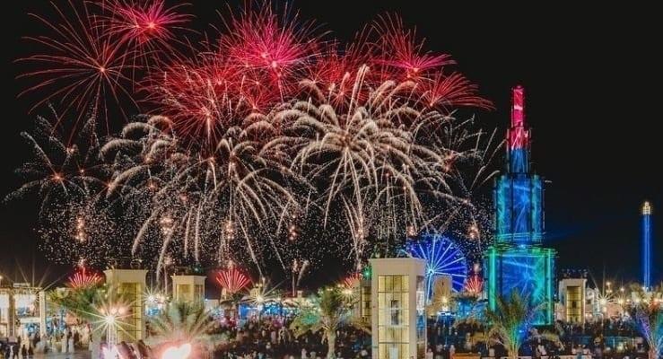 Le tourisme d'Abu Dhabi termine 2020 avec des feux d'artifice éblouissants