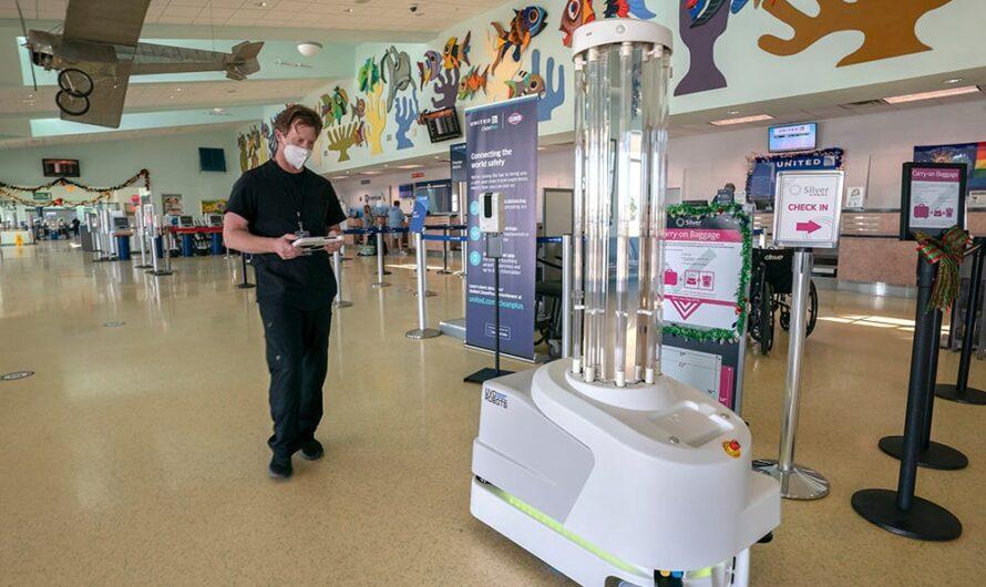 « Nom » du robot de combat COVID-19 à l'aéroport de Key West