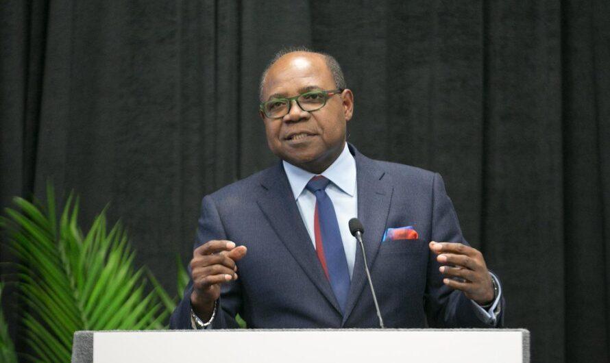 Le ministre jamaïcain du tourisme lance officiellement le Centre satellitaire de résilience touristique mondiale du Kenya
