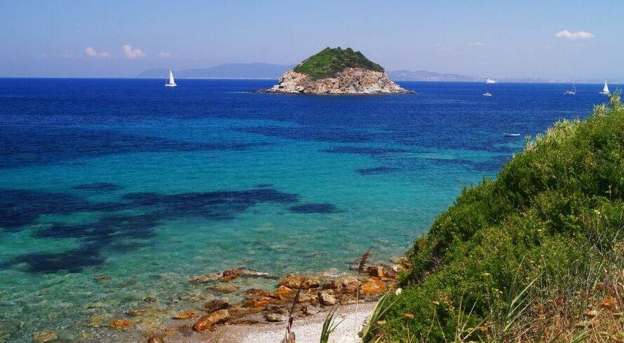 Parc national de l'archipel toscan: la magie dans les vagues