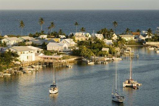 L'UE met sur liste noire quatre territoires des Caraïbes, Sainte-Lucie radiée