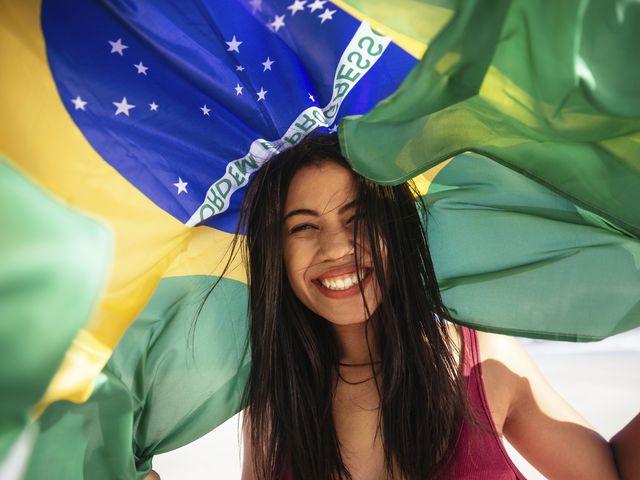 brésilienne-personnes-langue