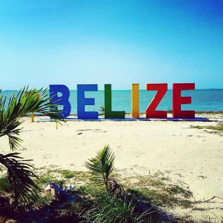Le Belize autorise les voyageurs vaccinés à entrer sans test