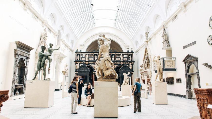 Les musées dans le monde d'aujourd'hui
