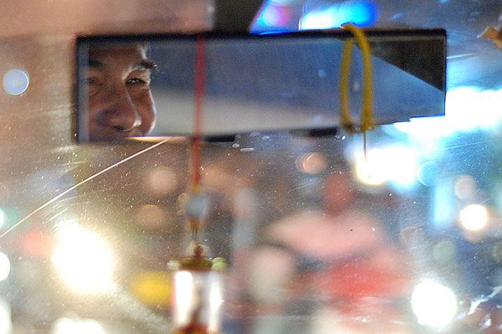 Le défi des relations publiques d'ouvrir la Thaïlande en toute sécurité aux voyages entrants et au tourisme