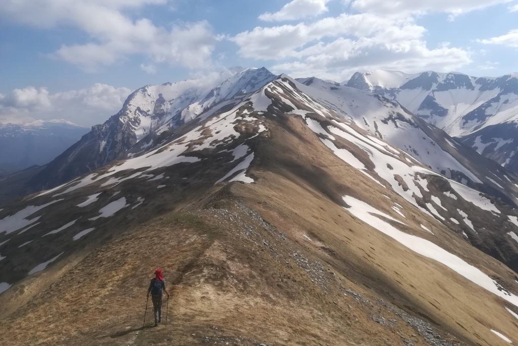Randonneur solitaire dans le parc national des Monti Sibillini.  Photo gracieuseté de (c) Roberto Aureli.