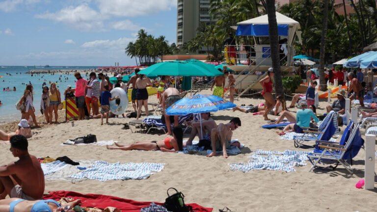 Record Tourism à Hawaï est la nouvelle normalité inattendue: ne le dites à personne!