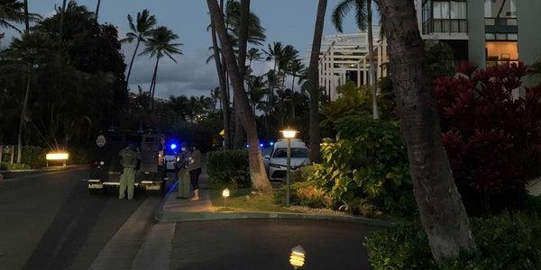 Homme armé au Kahala Hotel & Resort à Honolulu