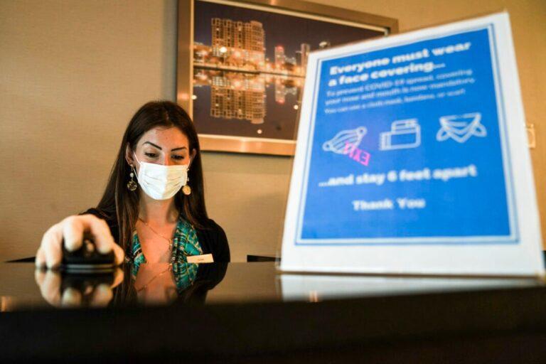 Les Américains soutiennent une aide ciblée pour l'industrie hôtelière