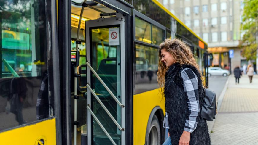 Les billets de bus peuvent être une idée pour le bien-être de votre entreprise
