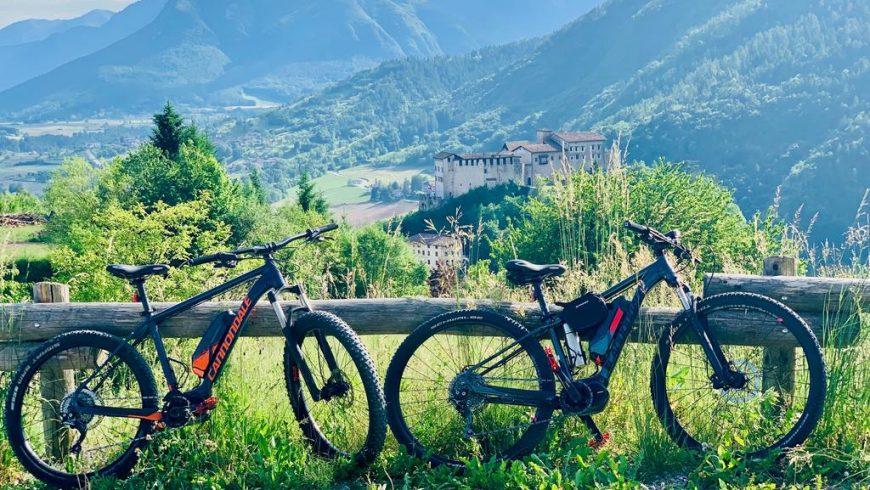Vélo électrique dans le parc naturel Adamello Brenta