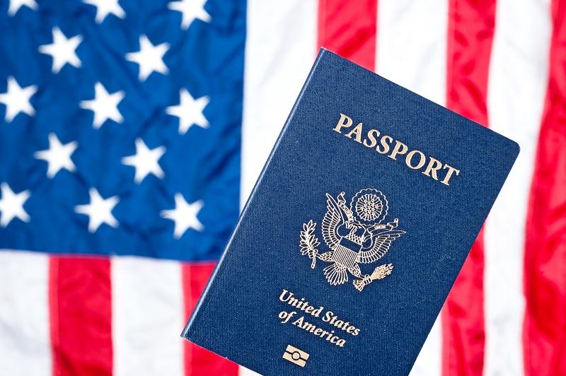 Drapeau américain et passeport