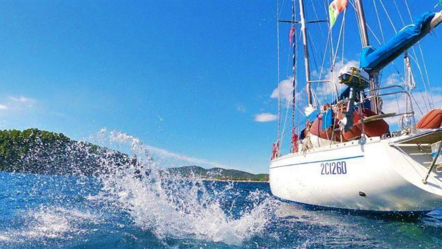Premier voyage en voilier: 7 conseils pour en tirer le meilleur parti