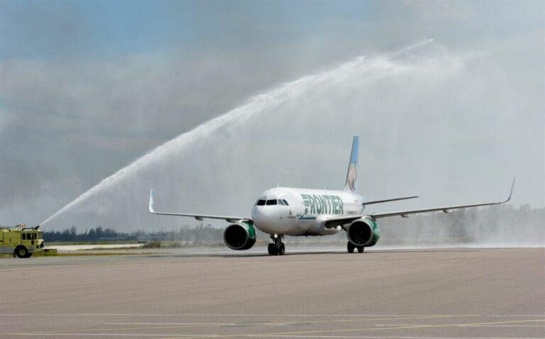 Bahamas accueillent le vol inaugural de Frontier Airlines vers Nassau |  ETurboActualités |  Les tendances