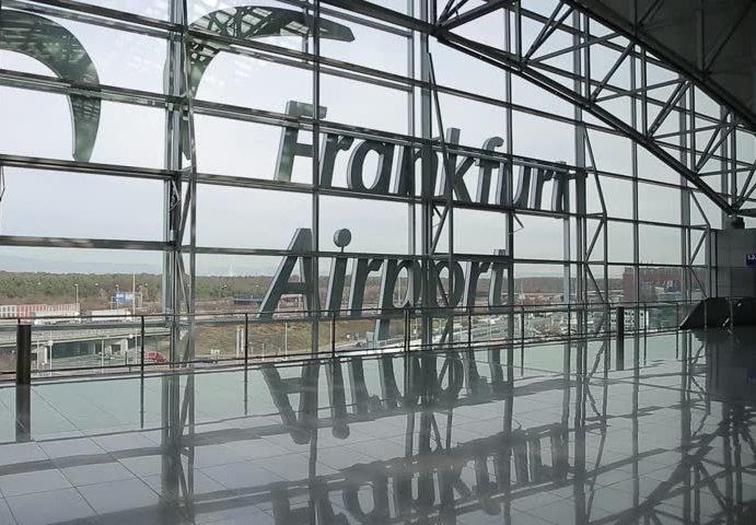 La reprise du nombre de passagers se poursuit à FRAPORT