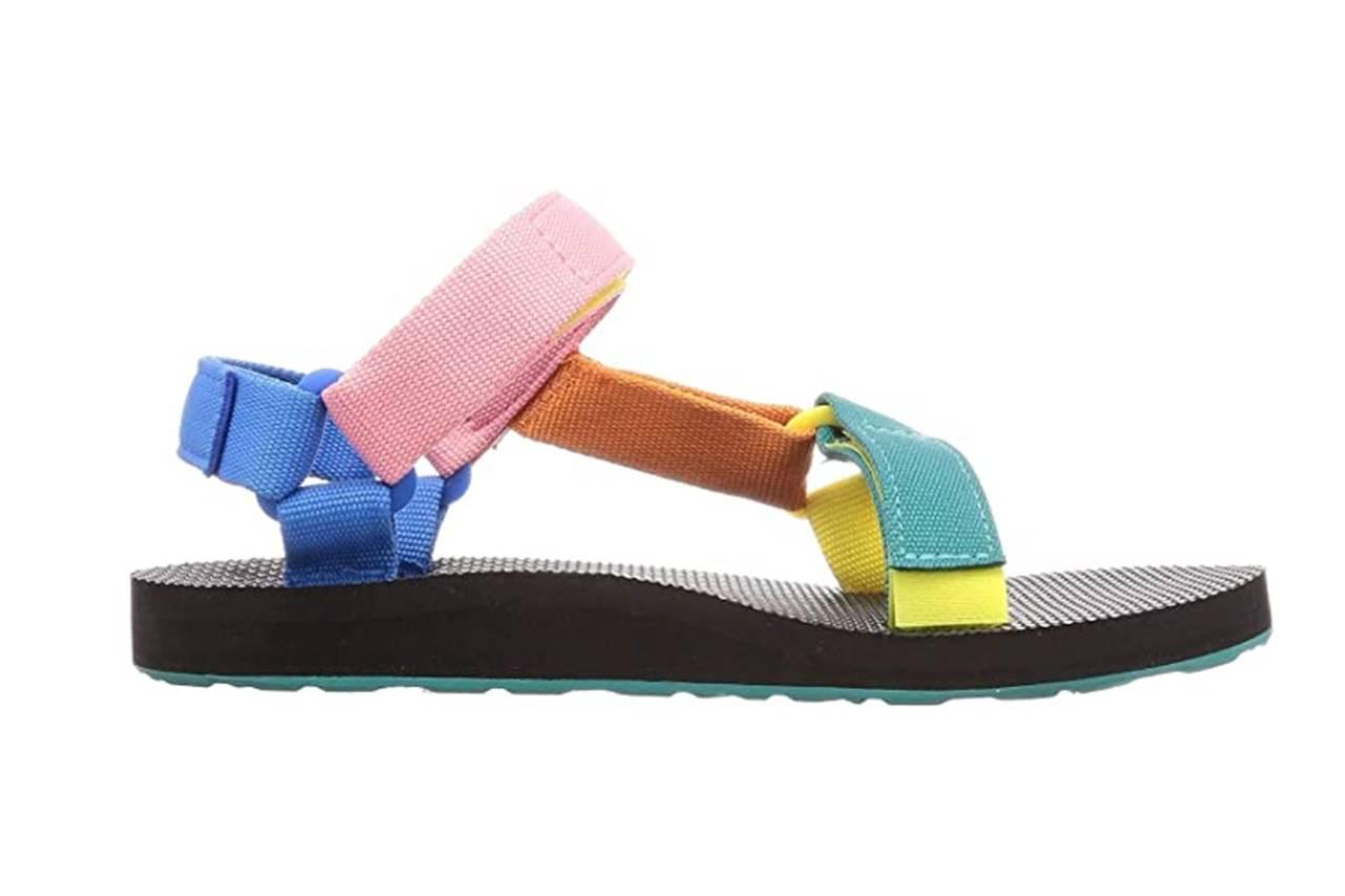 4. Sandales